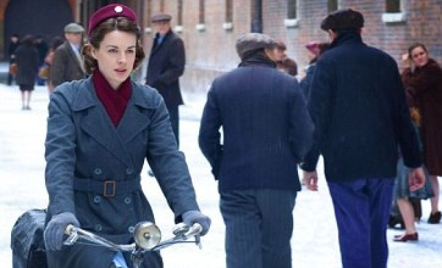 Call The Midwife will see its first Christmas special (Picture: BBC)