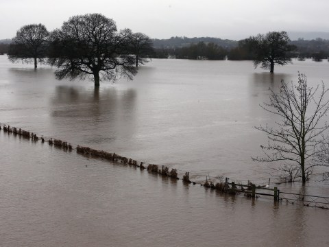 Flooding and wet weather continues across UK – 28 December 2012
