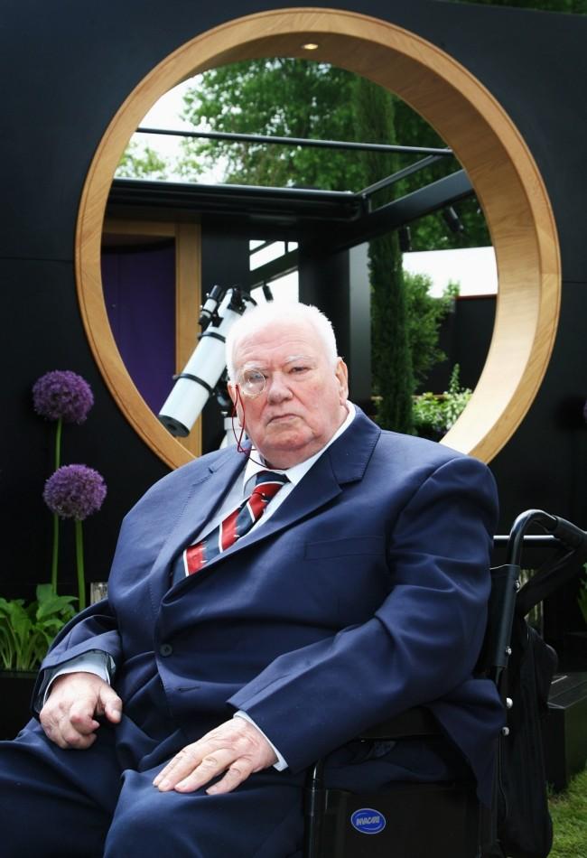 Sir Patrick Moore dies aged 89
