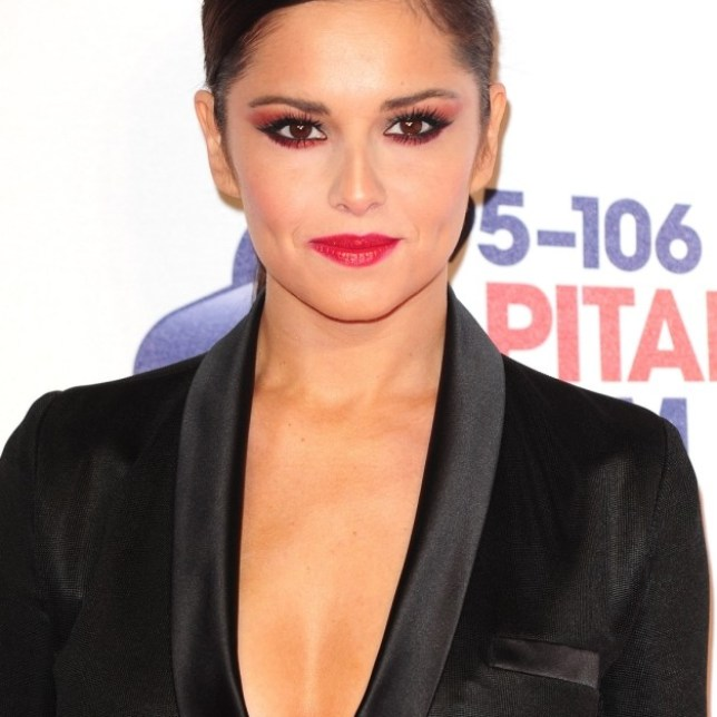Cheryl Cole proposes to Kimberley Walsh