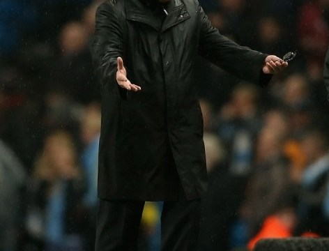 Brian McDermott left fuming as Reading concede controversial late winner at Manchester City