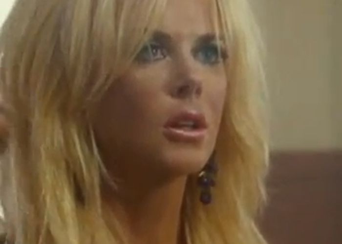 Nicole Kidman shows off saucy side in new Paperboy trailer