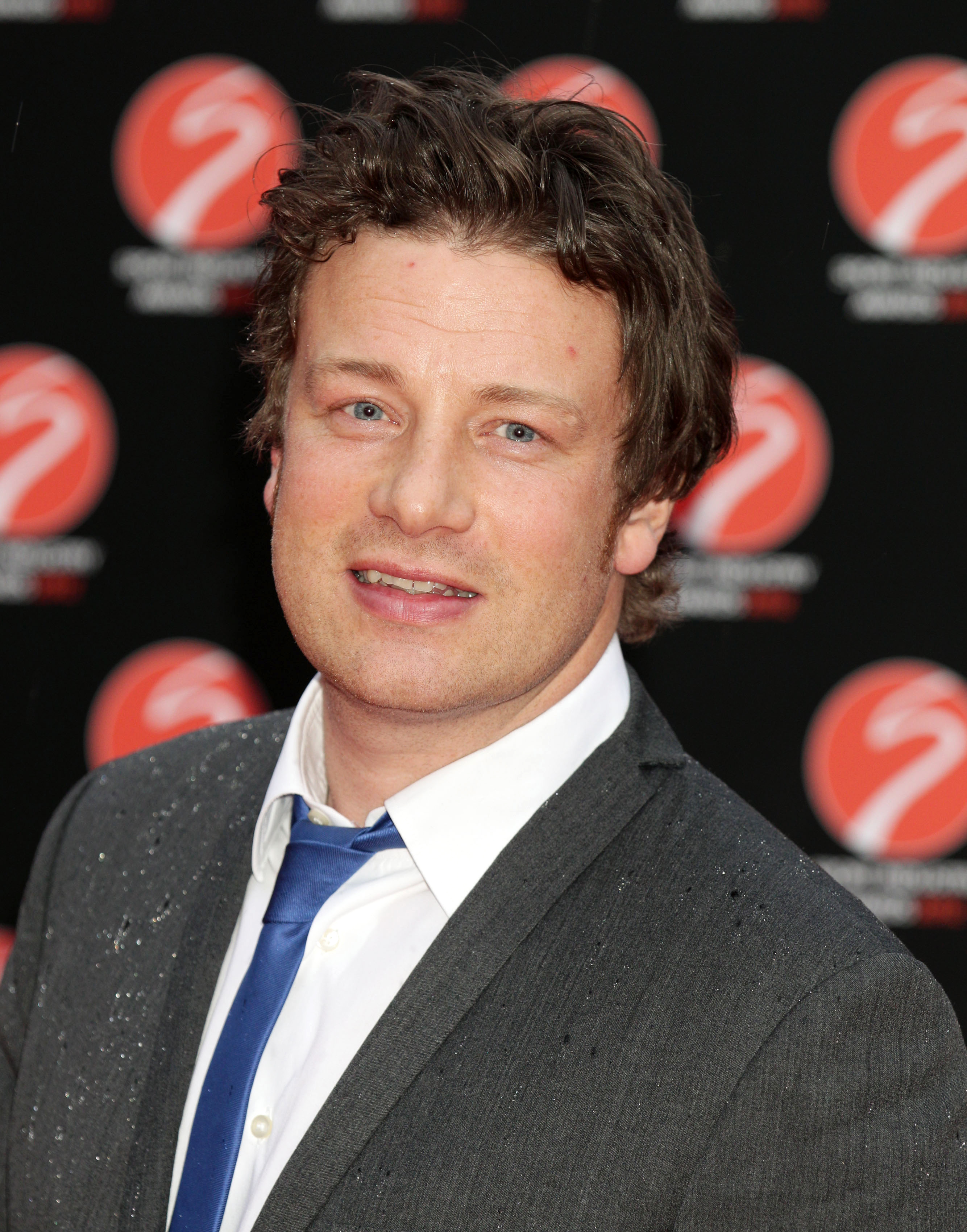 Jamie Oliver sued over 'pink slime' row in US