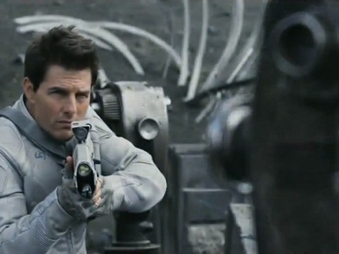 First trailer for Oblivion sees Tom Cruise on the run, again