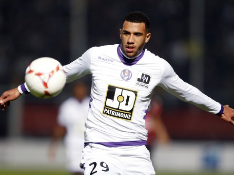 Arsenal and Chelsea mull over bid for Toulouse enforcer Etienne Capoue