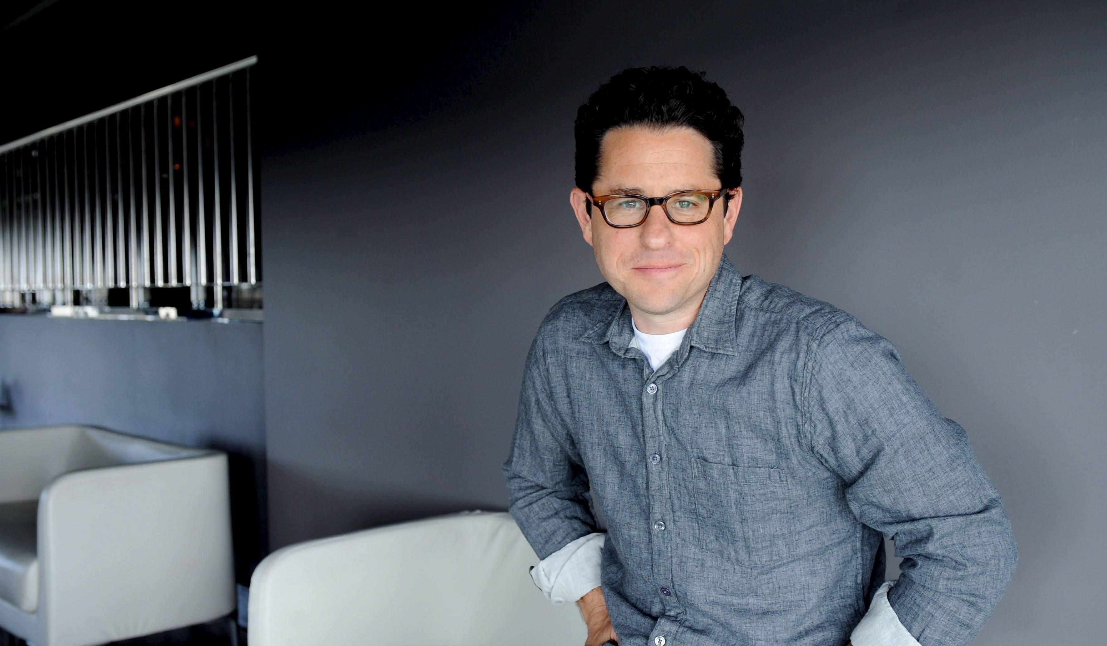 Star Wars Episode 7 may not be released in 2015 as JJ Abrams calls job 'wildly surreal'