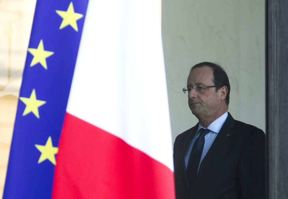 Denial after French minister admits country is 'totally bankrupt'