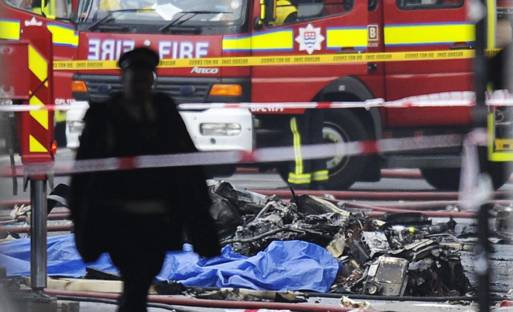 Vauxhall helicopter crash: Police 'warned about lights on crane in October'
