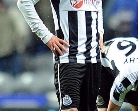 Fabricio Coloccini set to stay at Newcastle as San Lorenzo call off transfer bid