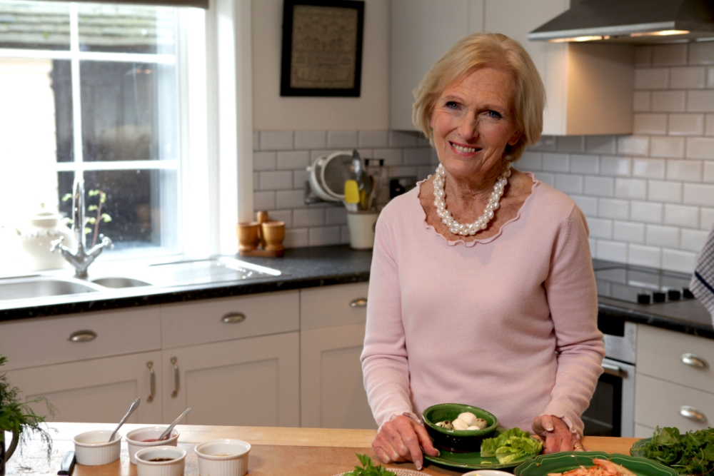 GBBO Mary Berry's baking secret: Two hot water bottles down the trousers