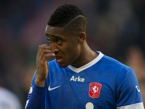 Everton clinch Leroy Fer deal