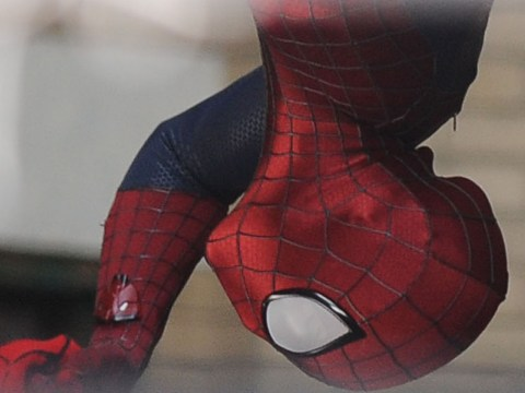 Amazing Spider-man set pics show Andrew Garfield in costume
