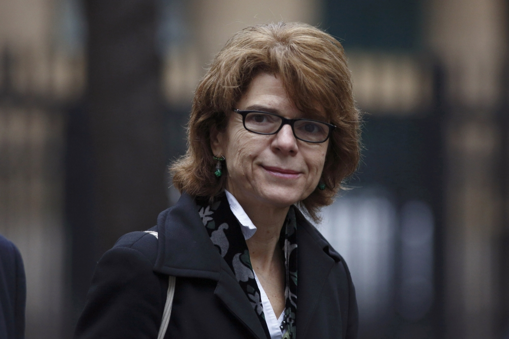 Chris Huhne's ex-wife Vicky Pryce set for retrial as jury discharged after failing to agree on verdict