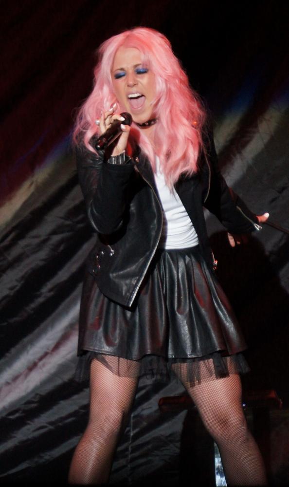 Amelia Lily unveils raucous new video for Party Over