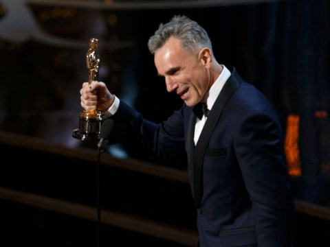 Oscars 2013: Daniel Day-Lewis makes history as first man to win three best actor awards