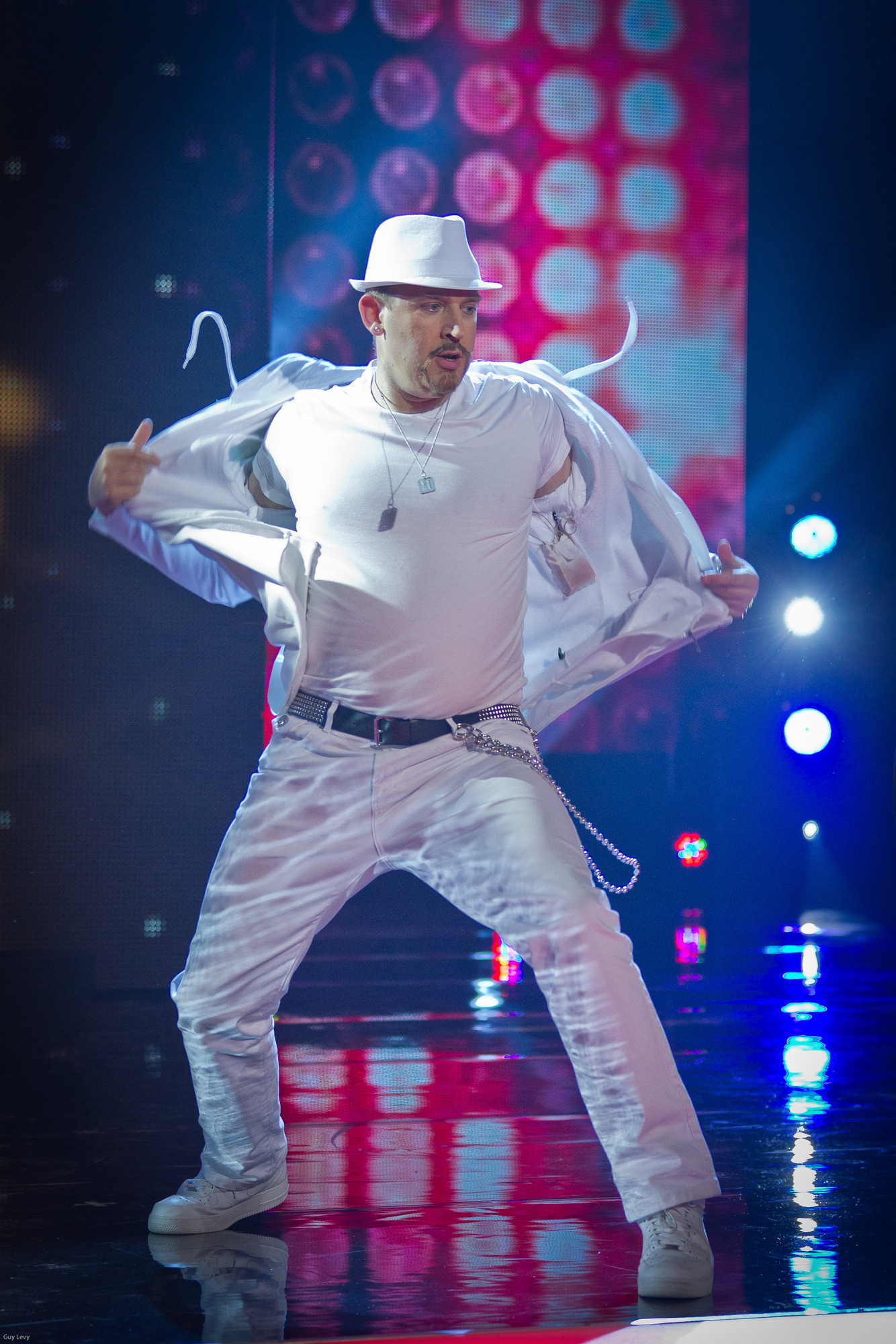 Tim Vine, Soap Stars win first round of Let's Dance For Comic Relief