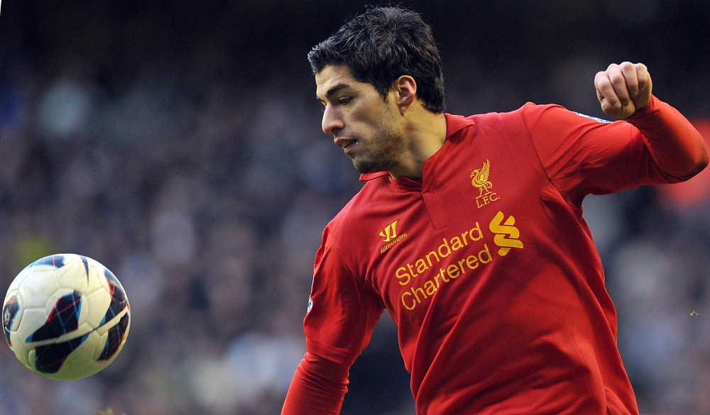 Steven Gerrard: Luis Suarez would be best player ever not to win Player of the Year