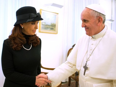 Argentina's president calls on Pope Francis to intervene over Falkland Islands