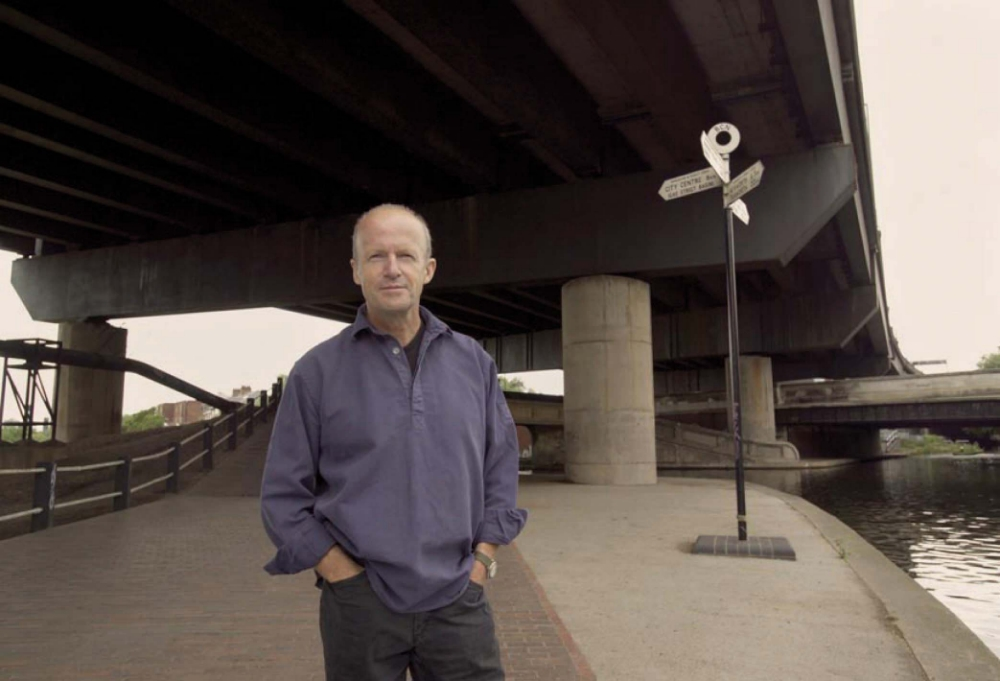 What's on Harvest author Jim Crace's eReader