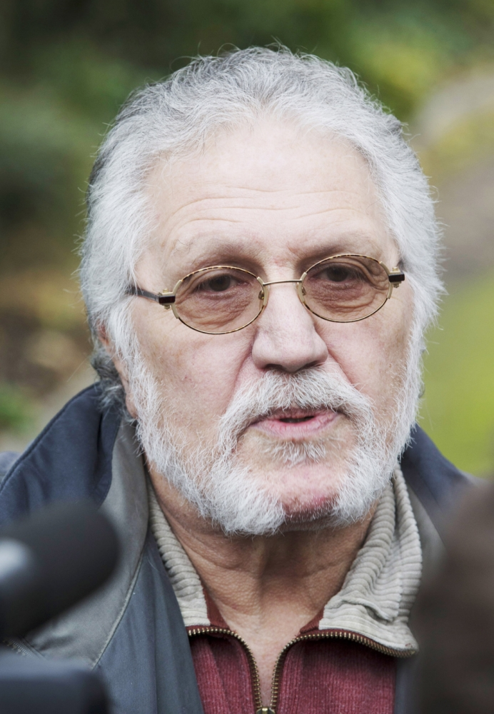 Ex-Radio 1 DJ Dave Lee Travis arrested over fresh sex abuse allegations