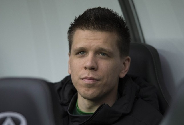 Football - Swansea City v Arsenal - Barclays Premier League - Liberty Stadium - 16/3/13  Arsenal's Wojciech Szczesny sits on the bench  Mandatory Credit: Action Images / Alan Walter  Livepic  EDITORIAL USE ONLY. No use with unauthorized audio, video, data, fixture lists, club/league logos or ìliveî services. Online in-match use limited to 45 images, no video emulation. No use in betting, games or single club/league/player publications.  Please contact your account representative for further details.