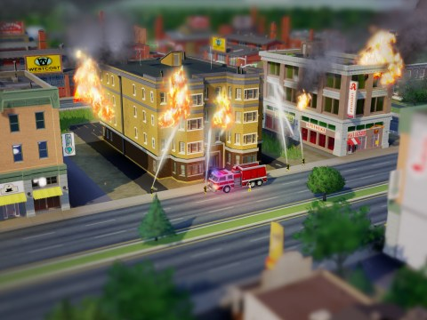 EA censors own support number from SimCity forum