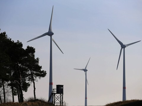 Wind farm could aid enemy fighter jets, say Ministry of Defence