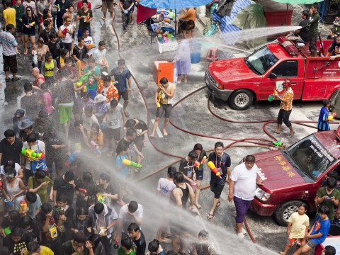 Gallery: Mass water fight in Bangkok to celebrate Thai new year