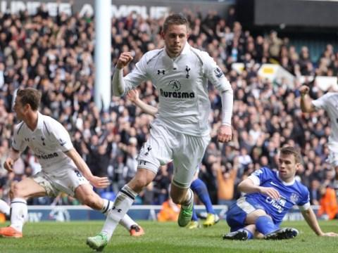 Gylfi Sigurdsson saves Spurs with late equaliser against Everton