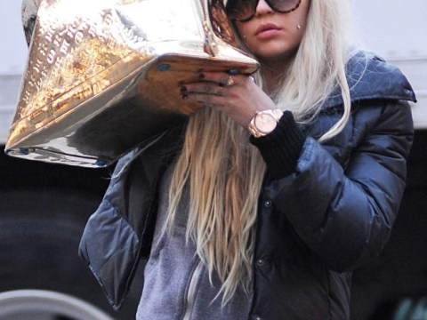 U-Turn: Amanda Bynes is now declaring her love for Rihanna after previously claiming she wasn't 'pretty enough'