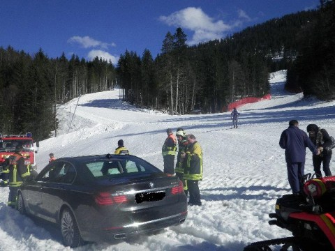 Tourist drives hire car onto Germany ski piste 'to show children snow for first time'