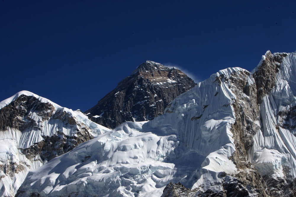 'Terrifying' fight breaks out between group of climbers, including a Briton, and Sherpas on Mount Everest