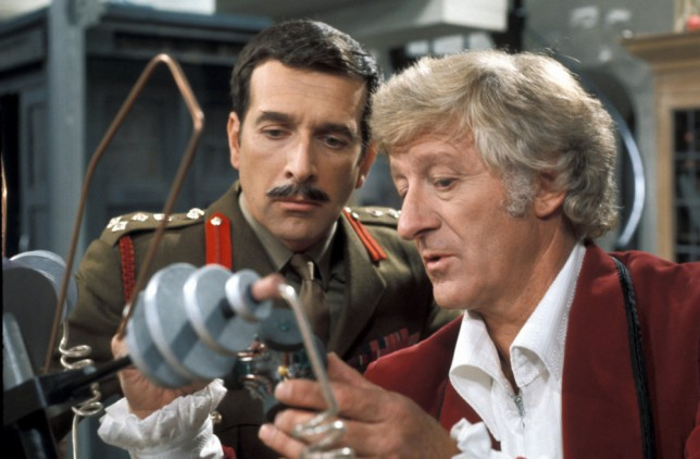 Television programme : THE STORY OF DOCTOR WHO. Picture Shows: Brigadier Lethbridge-Stewart (Nicholas Courtney) and Doctor Who (Jon Pertwee) (1970) TX: 30/12/2003  It is 40 years since the mysterious Time Lord  was transported onto British TV via his time travelling TARDIS. THE STORY OF DOCTOR WHO is documentary about the longest running TV Doctorama series: Doctor Who, told by those who were part of it. With interviews from actors and others involved including all the surviving TV Doctors - Tom Baker, Peter Davison, Colin Baker and Sylvester McCoy.  Warning: Use of this copyright image is subject to Terms of Use of BBC Digital Picture Service.  In particular, this image may only be used during the publicity period for the purpose of publicising THE STORY OF DOCTOR WHO and provided BBC is credited. Any use of this image on the internet or for any other purpose whatsoever, including advertising or other commercial uses, requires the prior written approval of BBC...Brigadier Lethbridge-Stewart (Nicholas Courtney) and  Doctor Who (Jon Pertwee) (1970) . NICHOLAS COURTNEY, ACTOR, DIED 22/2/2011
