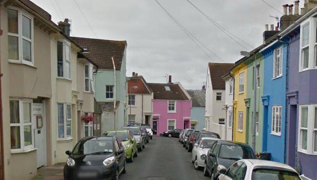 Brighton, wormhole