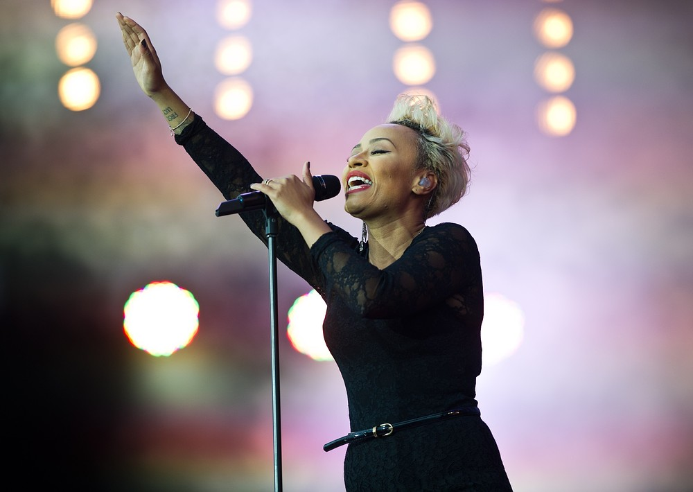 Emeli Sande performed a new track called Feels Like in the River Thames (Picture: Getty)
