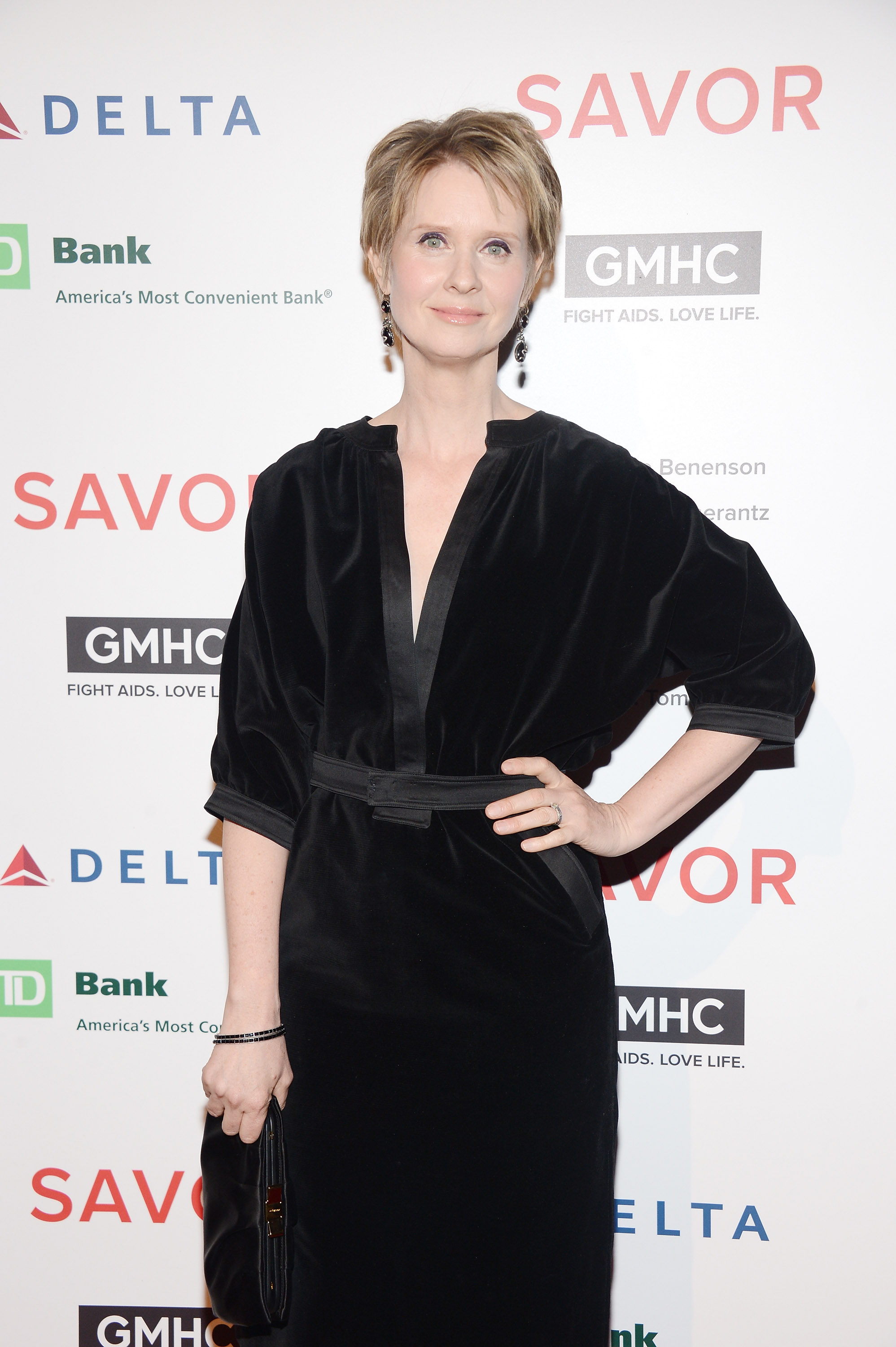 Pastor heckles Sex And The City star Cynthia Nixon for mentioning wife during cancer speech