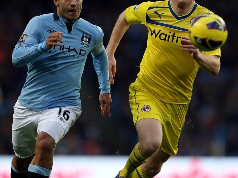 Newcastle plan transfer of Reading free agent Alex Pearce to strengthen their suspect defence