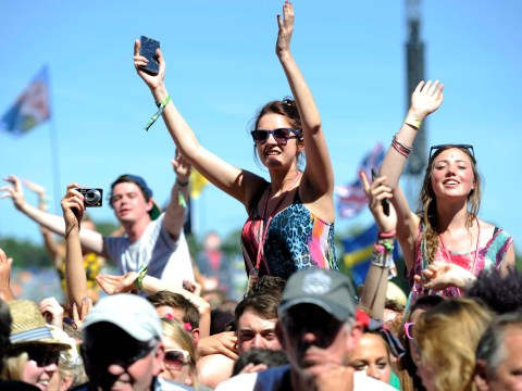 Glastonbury Festival 2013: Scorching hot weather hits Worthy Farm