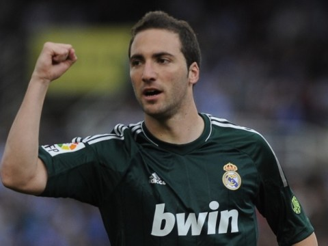 Arsenal thwarted as Napoli 'agree £30m fee for Real Madrid's Gonzalo Higuain'