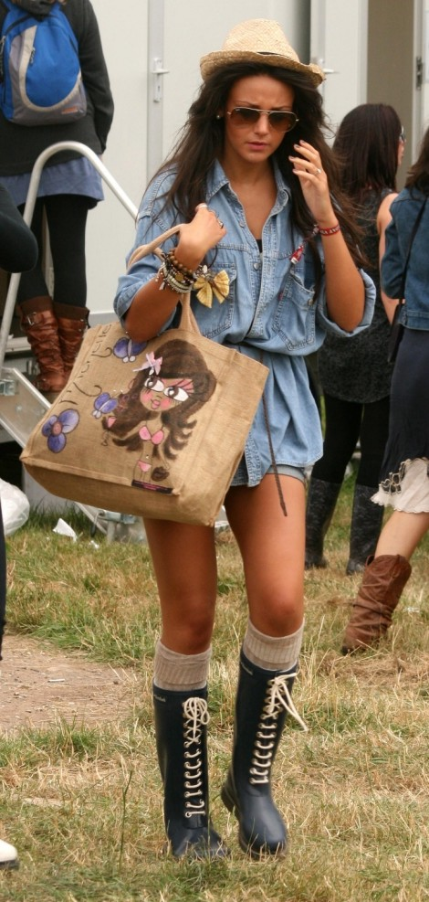 Corrie star Michelle Keegan shows off her laid-back style at the V Festival (Picture: Rex)