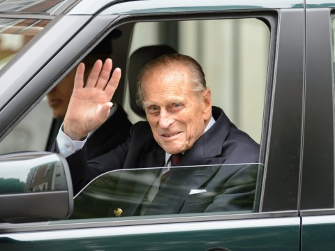 Prince Philip walks unaided from hospital after surgery