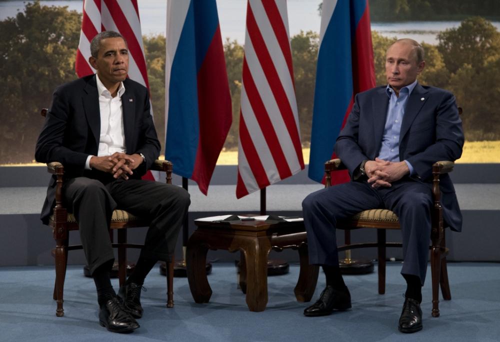 Barack Obama cancels Vladimir Putin meeting amid Edward Snowden asylum row
