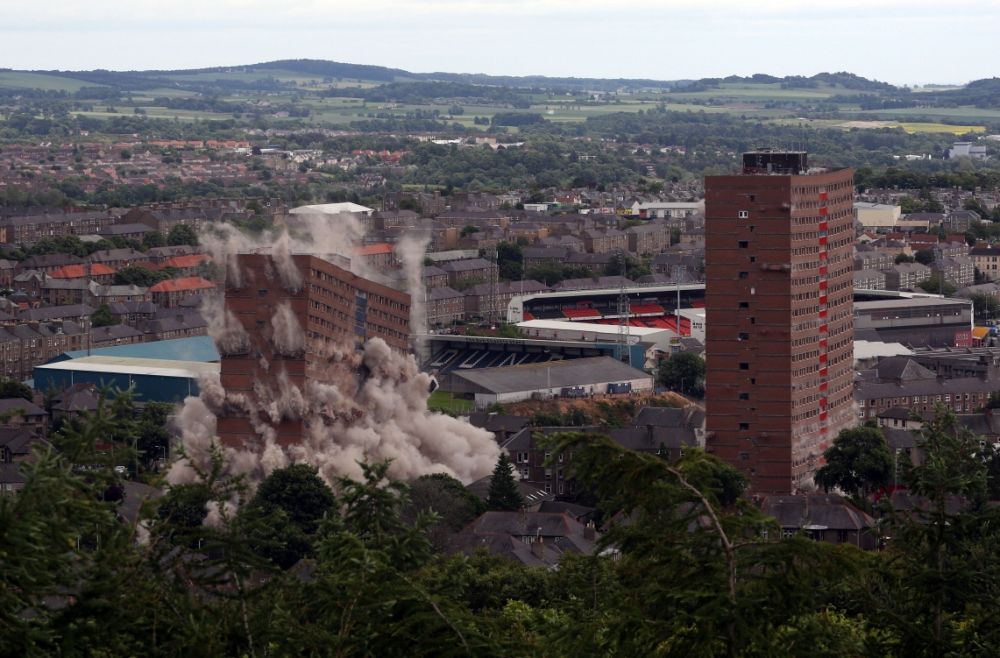 Homes evacuated as two landmark Dundee tower blocks are demolished