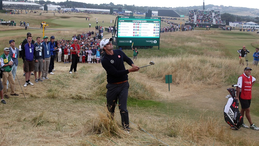 The Open 2013: Adam Scott and Tiger Woods find inspiration hard to come by on final afternoon
