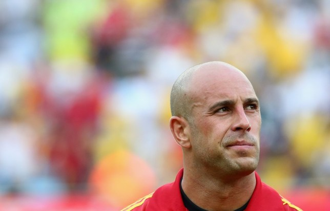 RIO DE JANEIRO, BRAZIL - JUNE 20:  Pepe Reina of Spain looks on prior to the FIFA Confederations Cup Brazil 2013 Group B match between Spain and Tahiti at the Maracana Stadium on June 20, 2013 in Rio de Janeiro, Brazil. Getty Images