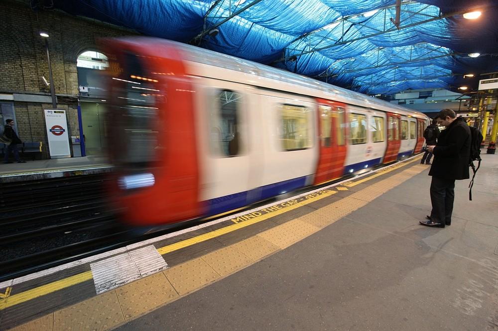 RMT leader Bob Crow defiant as unions go back to Tube strike talks