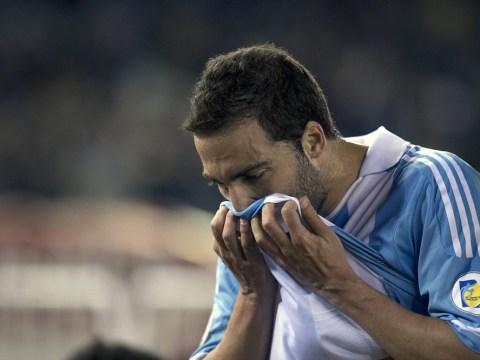 Gonzalo Higuain still set on Arsenal transfer as Real Madrid await improved bid