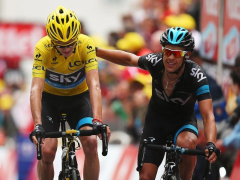 Tour de France 2013: Chris Froome hit with time penalty for illegal feed