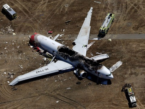 Gallery: Boeing 777 plane crashes at San Francisco airport