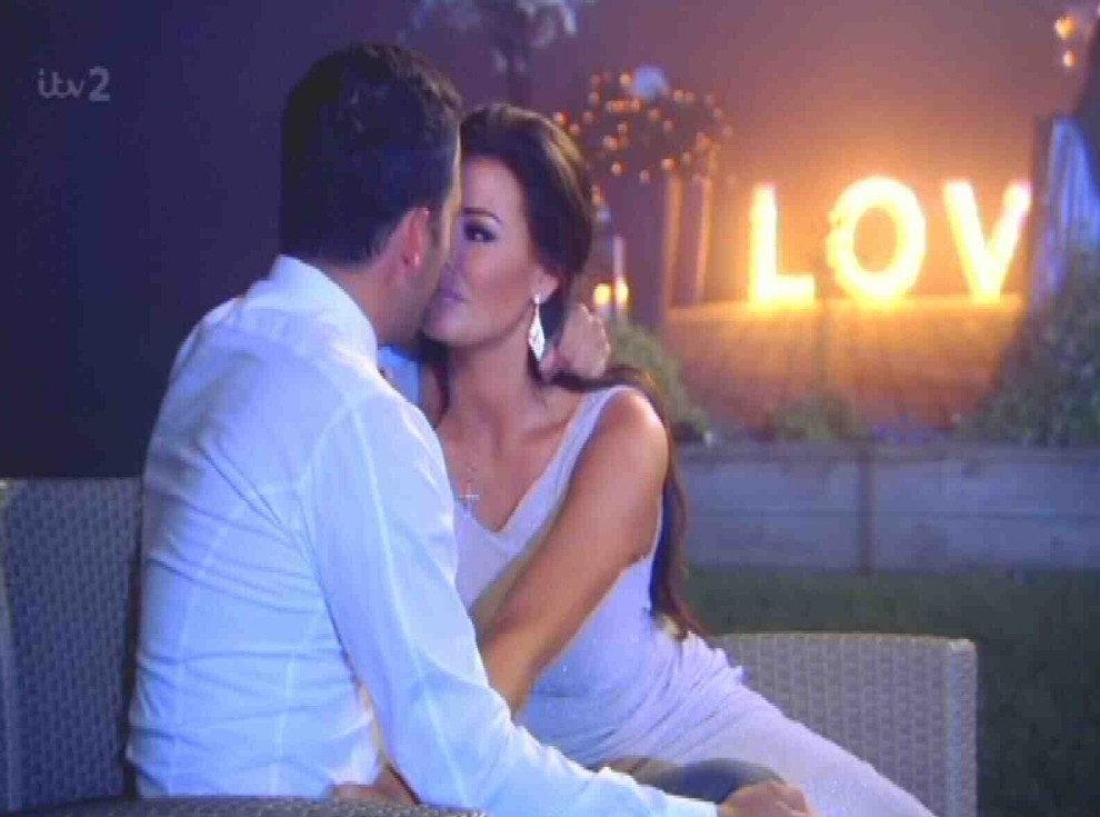 Jess Wright and Ricky Rayment kiss and make up in TOWIE's season finale